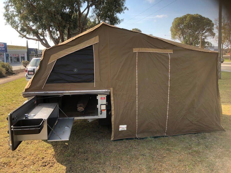 Cavalier offroad camper trailer